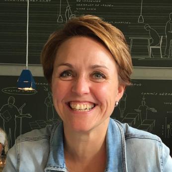 Karin Peperkamp-Idsinga, Sales and Marketing Support Employee